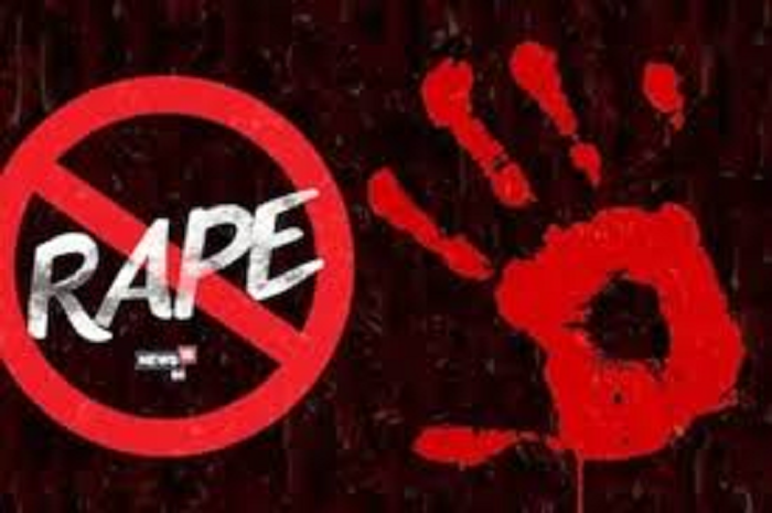 Nine arrested for raping a 16-year-old girl