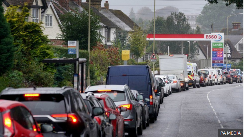 Fuel supply: Military to deliver petrol to UK garages from Monday