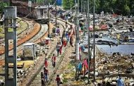 Slums and judicial manoeuvring